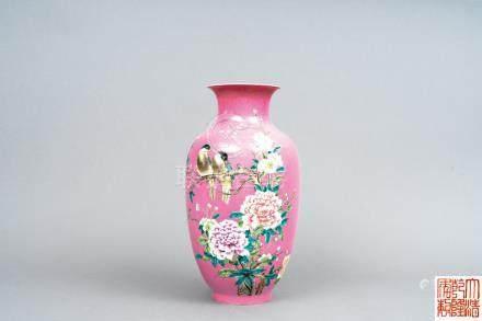 七十年代 胭脂水粉彩花鳥瓶