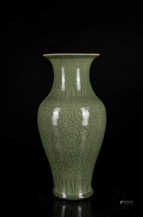 Ming Antique Longquan Vase