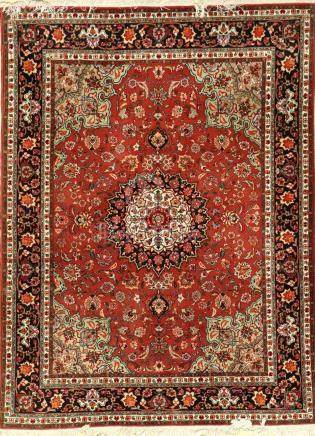Fine 'Part-Silk' Tabriz Rug (50 RAJ),