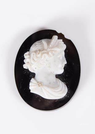 18TH CENTURY AGATE CAMEO