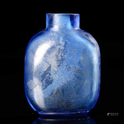 CHINESE BLUE GLASS SNUFF BOTTLE
