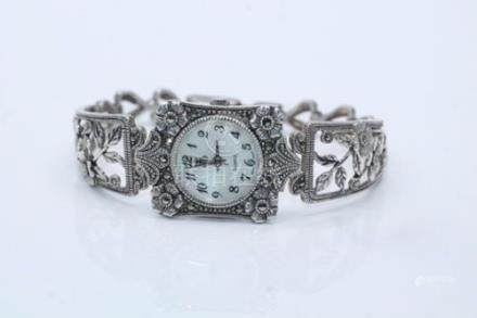 Ladies Vintage 925 Sterling Silver Quartz Watch