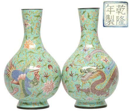 銅胎琺瑯彩龍鳳瓶一對 - '乾隆年製' 款