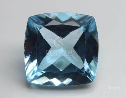 4.60 Ct Blue Topaz With IGI Certificate