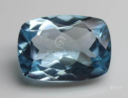 3.84 Ct Blue Topaz With IGI Certificate