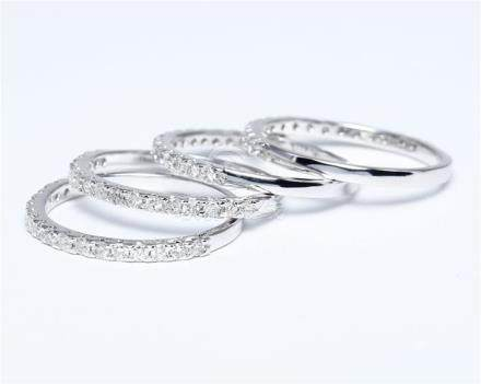 14 K /585 White Gold Set of 4 Diamond Rings Made for each other