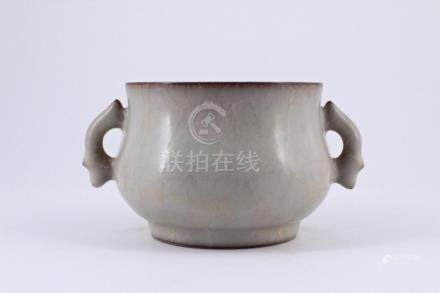 Song GeYao Porcelain Crackle Brush Pot