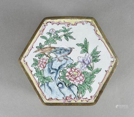 A Chinese enamel hexagonal box with hinged lid, with painted scenes of exotic birds and flowers 14