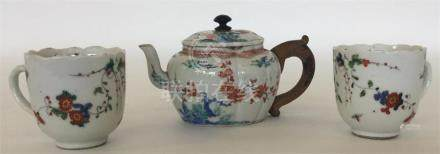 A small Chinese porcelain lobed oval teapot and co
