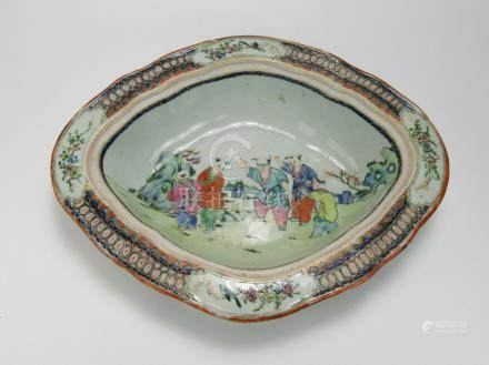"Qianlong: Famille-rose ""Children"" Oval Bowl"