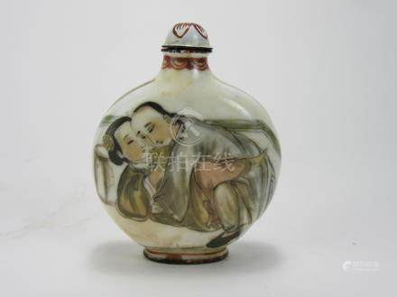 Qing Dynasty: Lovers Snuff Bottle