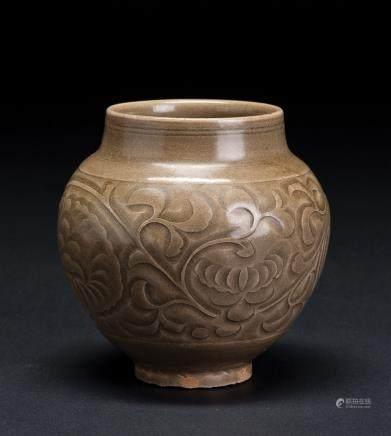 耀州窑刻花罐