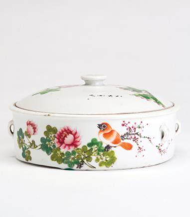 粉彩花鸟纹汤盆