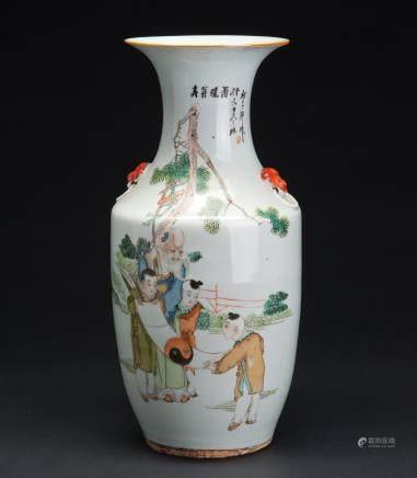 粉彩寿翁观画图大瓶