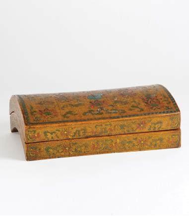 雕填暗八仙戗金漆器盒