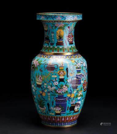 铜胎掐丝珐琅博古纹大瓶