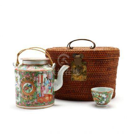 A Chinese Famille Rose Porcelain Tea Set in Basket