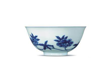 A BLUE AND WHITE 'PALACE' BOWL, CHENGHUA MARK
