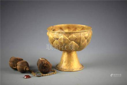 """China, """"Lotus"""" Lacquer High-Stem cup"""