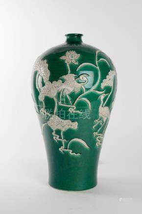 Ming Dynasty Xuande Period Porcelain Meiping Vase