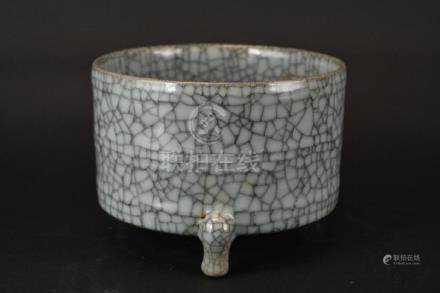 Chinese Crackle Glaze Porcelain Tripod Censer