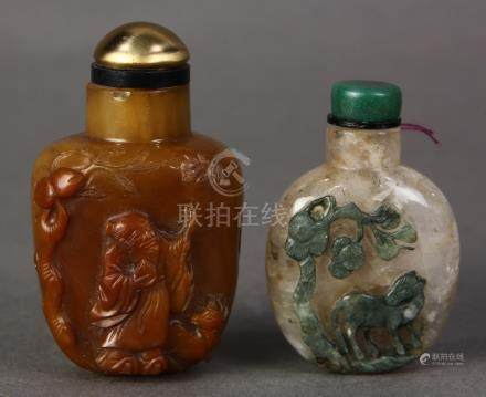 (lot of 2) Chinese stone snuff bottles: the first, quartz with the green skin carved with a horse