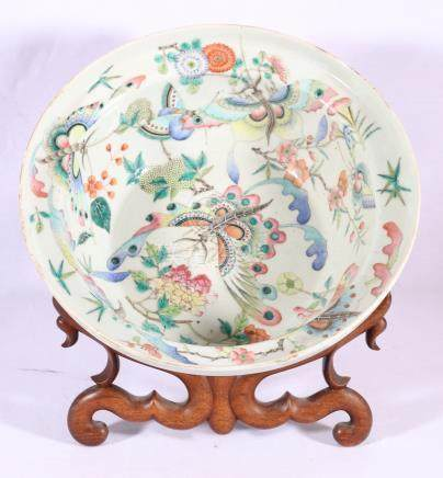 Early 20th Century Chinese Canton famille rose large punch bowl decorated with panels of birds,