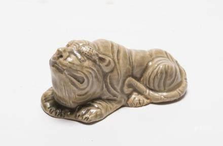 A Chinese Yaozhou Porcelain Tiger宋代-耀州窯老虎置物