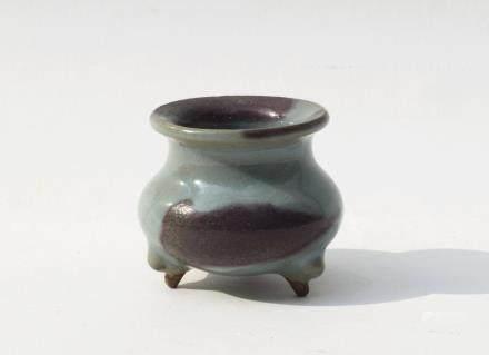 A Chinese Purple-Splashed Jun Porcelain Censer金代-鈞窯葡萄紫斑小爐