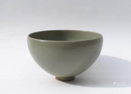 A Chinese Donggou Green-Glazed Porcelain Bup-Shaped Bowl宋-東溝