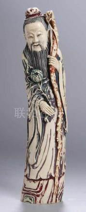 Elfenbein-Figur, \Gelehrter\, China, 19. Jh., massive Ausführung, stehende Darstellung eines