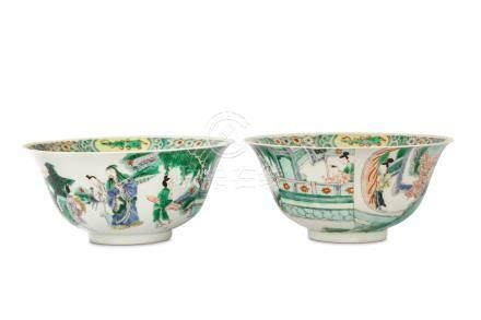 A PAIR OF CHINESE FAMILLE VERTE BOWLS. The rounded sides rising to an everted rim, each similarly