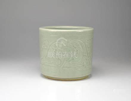 CHINESE CELADON GLAZED PORCELAIN BRUSH POT
