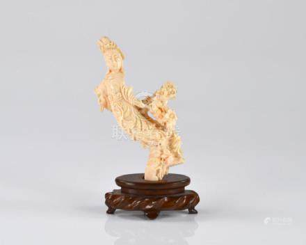 CHINESE CARVED CORAL LADY FIGURE ON STAND