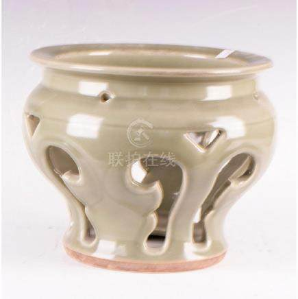 Long Quan Carved Jar