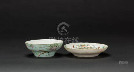 Late Qing/Republic-A Turqoise Ground 'Flowers And Bird' Bowl