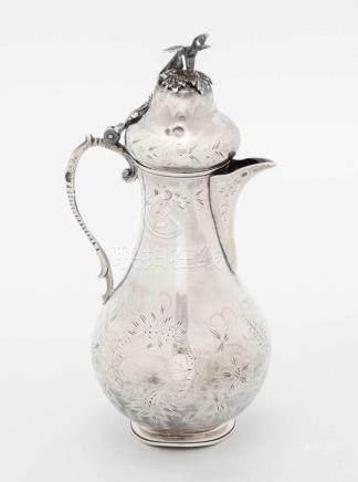 Henkelkanne Wohl Osmanisch. Silber, gepunzt (Tughra-Marke, vor 1923). Gravierter Blumendekor.