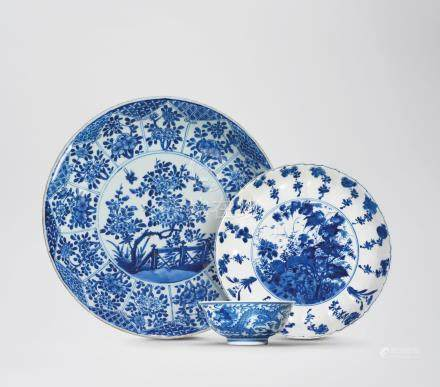 TWO BLUE AND WHITE DISHES AND A BLUE AND WHITE 'DRAGON' BOWL