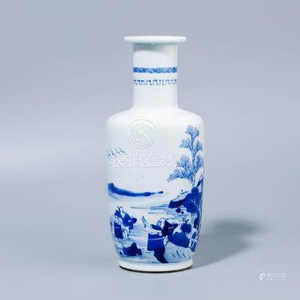 A Chinese Blue and white hammer bottle