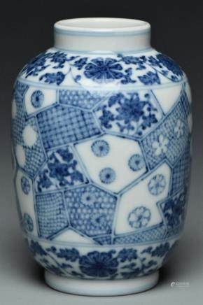 A QING DYNASTY BLUE AND WHITE VASE JIAQING MARK