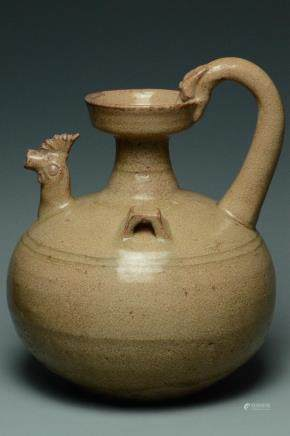 A JIN SIX DYNASTIES CHICKEN HEAD EWER