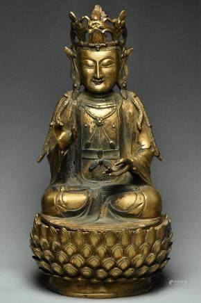 LARGE MING DYNASTY GILT BRONZE FIGURE OF GUANYIN