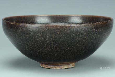 A LARGE JIN DYNASTY RUSSET-SPLASHED BOWL