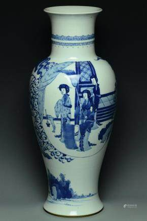 A LARGE QING DYNASTY FIGURE SUBJECT VASE