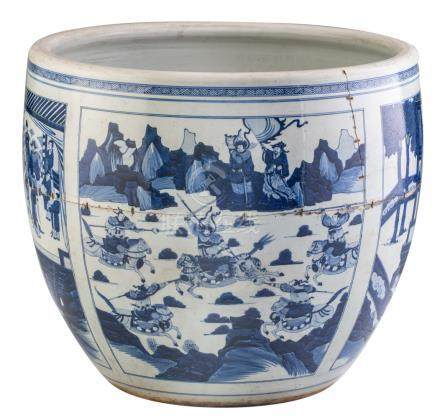 A large Chinese blue and white jardiniere, the panels decorated with dignitaries and warriors in various landscapes, 18th / 19thC, H 49,5 - ø 56 cm