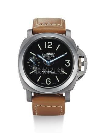 PAM00172型號「LUMINOR MARINA TANTALUM」限量版鉭金屬腕錶,編號F118/300,年份約2004。