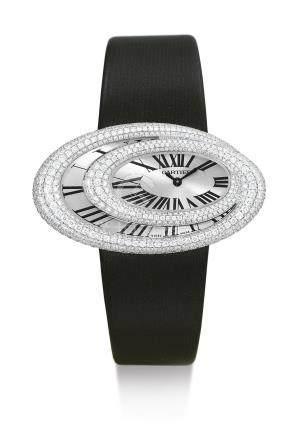 3213型號「BAIGNOIRE HYPNOSE」白金鑲鑽石腕錶,錶殼編號92703PX,年份約2011。