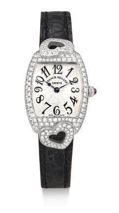 2250 QZ HJ型號「CINTRÉE CURVEX COEUR」白金鑲鑽石腕錶,錶殼編號218,年份約2006。