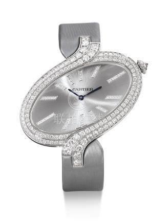 3445型號「DELICES DE CARTIER XL」白金鑲鑽石腕錶,錶殼編號860455QX,年份約2012。