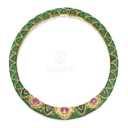 寶石 配 鑽石 項鏈, 梵克雅寶(Van Cleef & Arpels)